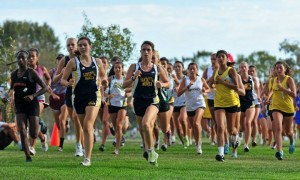 Samo girls lead the pack at South Bay (photo courtesy of dyestat.com)